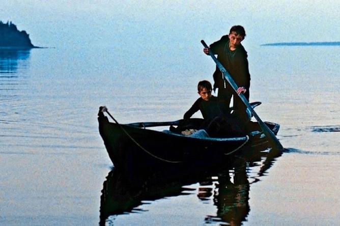 Кадр из фильма «Возвращение» (2003)