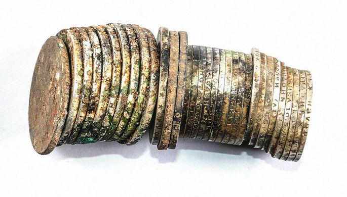 97 монет: что откопали в центре Москвы