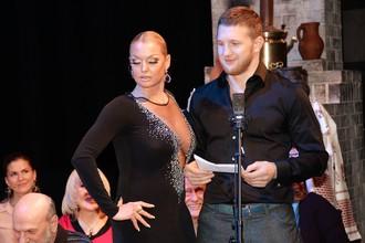 Владимир Минеев (справа) участвовал в литературных чтениях с балериной Анастасией Волочковой