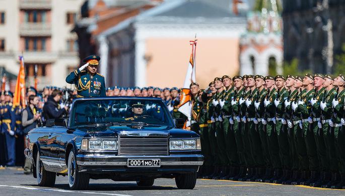 Министр обороны России Сергей Шойгу во время генеральной репетиции военного парада в Москве, 7 мая 2017 года