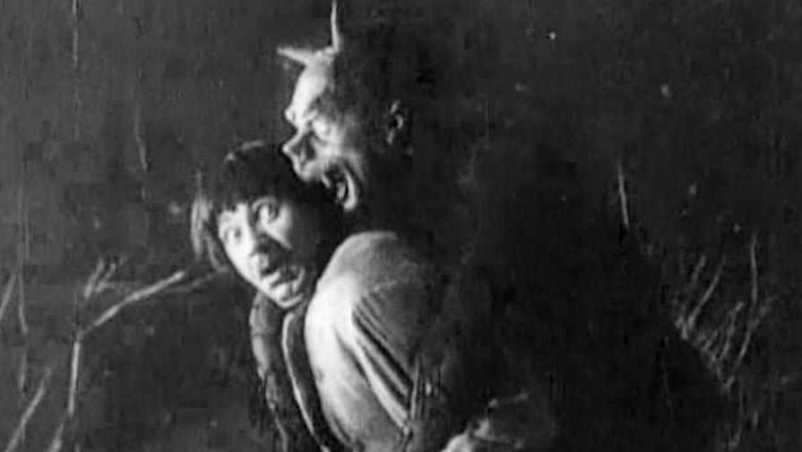 Кадр из фильма «Ночь перед Рождеством» (1913)