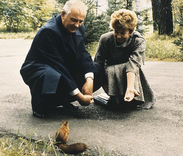 Михаил и Раиса Горбачевы в Красноярском крае, 1988 год