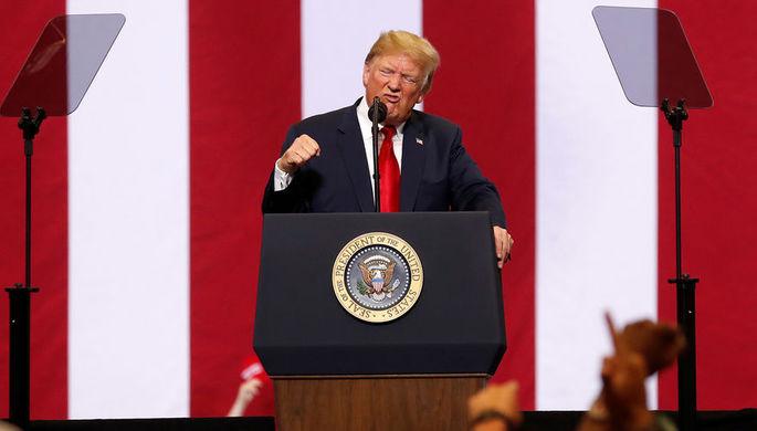Президент США Дональд Трамп во время мероприятия в Фарго, Северная Дакота, 27 июня 2018 года