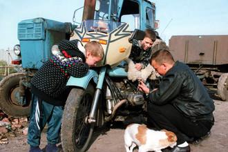 В России запрещают увольнять многодетных отцов