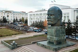 Памятник Ленину в Улан-Удэ, Россия, 2017 год