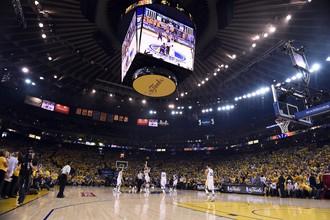 Первый матч финала плей-офф НБА «Голден Стэйт» — «Кливленд»