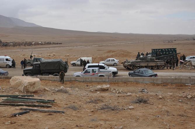 Лояльные президенту Башару Асаду силы на подступах к Пальмире, 2 марта 2017 года