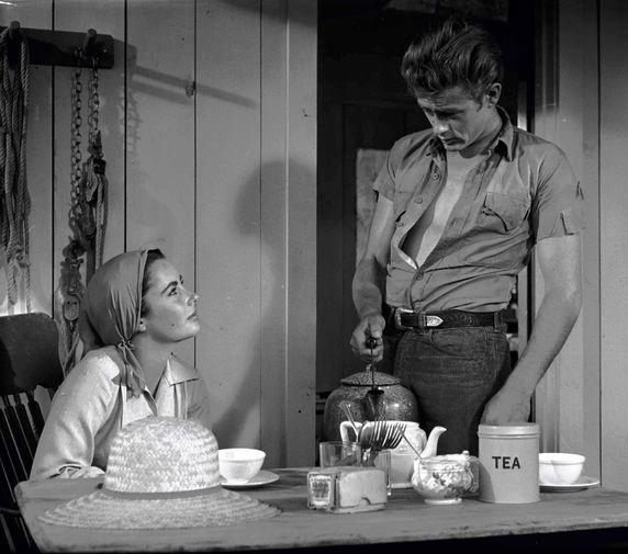 Элизабет Тейлор и Джеймс Дин в фильме «Гигант» (1956)