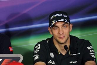 Виталий Петров во время чемпионата «Формулы-1» в прошлом году