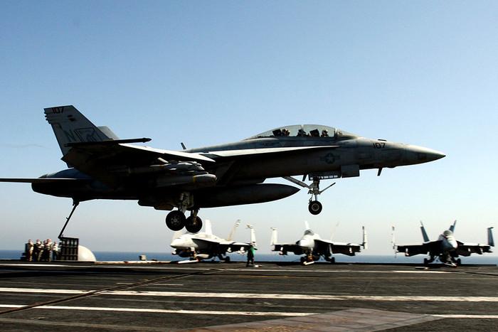 Истребители ВВС США начали патрулирование над Ираком