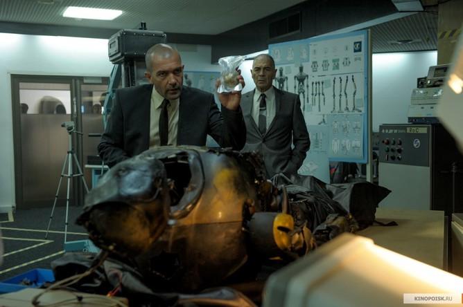 Кадр из фильма «Страховщик»