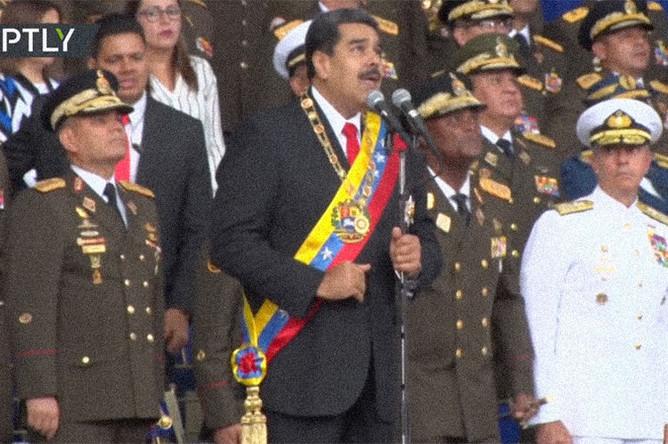 президент Венесуэлы Николаса Мадуро во время неудавшегося покушения