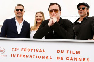 Леонардо Дикаприо, Марго Робби, Квентин Тарантино и Брэд Питт на Каннском кинофестивале, 25 мая 2019 года