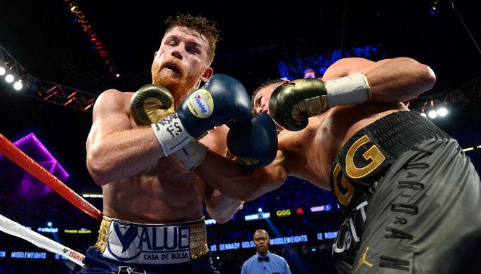 Боксеры Геннадий Головкин и Сауль «Канело» Альварес не могут решить, кто из них победил в Лас-Вегасе