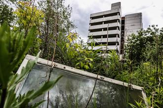 Здание недостроенной больницы в московском Ховрино, 2015 год