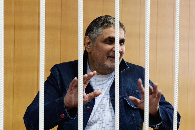 Захарий Калашов в зале заседаний Тверского суда города Москвы, 12 июля 2016 года