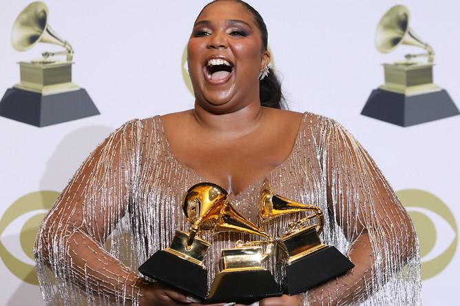 Певица Лиззо, лидировавшая по числу номинаций. Получила награду за «Лучшее традиционное R&B-исполнение», «Лучшее сольное поп-исполнение» и «Лучший современный урбан-альбом»