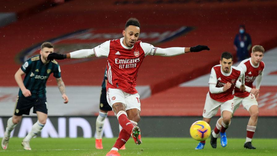 Пьер-Эмерик Обамеянг в матче «Арсенал» — «Лидс»