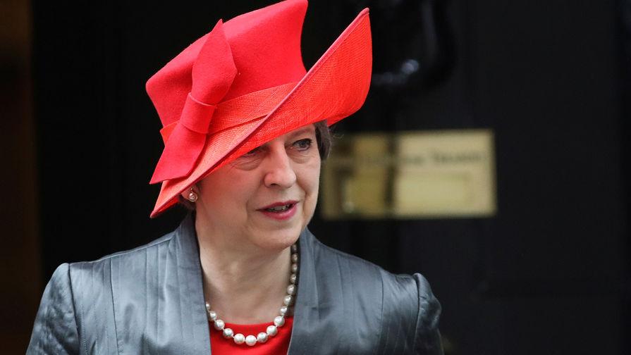 Терезу Мэй не пригласили на королевскую свадьбу