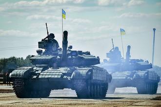 Петр Порошенко посетил военную часть в Харьковской области