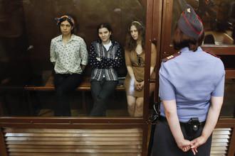 Шестой день продолжается суд по делу Pussy Riot