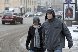 Граждане США Брайан и Ребекка Прис, приехавшие в Москву для усыновления ребенка