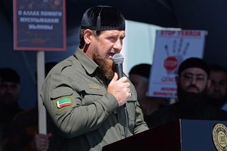 Глава Чечни Рамзан Кадыров во время митинга в поддержку мусульман Мьянмы, 4 сентября 2017 года