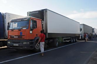 Повышенная опасность: Украина закрыла КПП на границе с Крымом