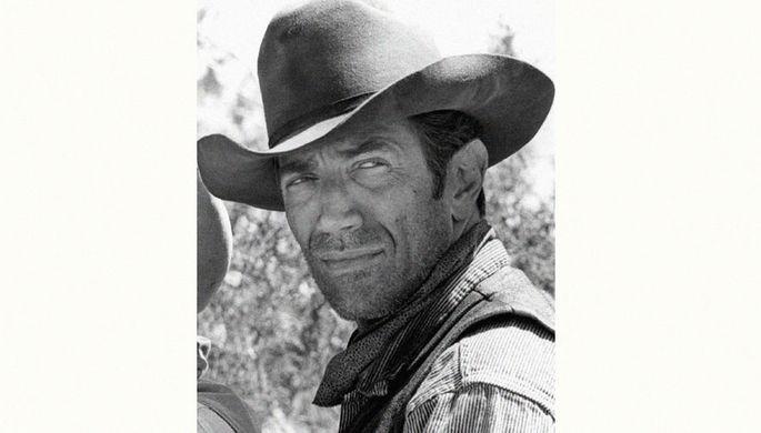 Джозеф Кэмпанелла в сериале «Дымок из ствола», 1968 год