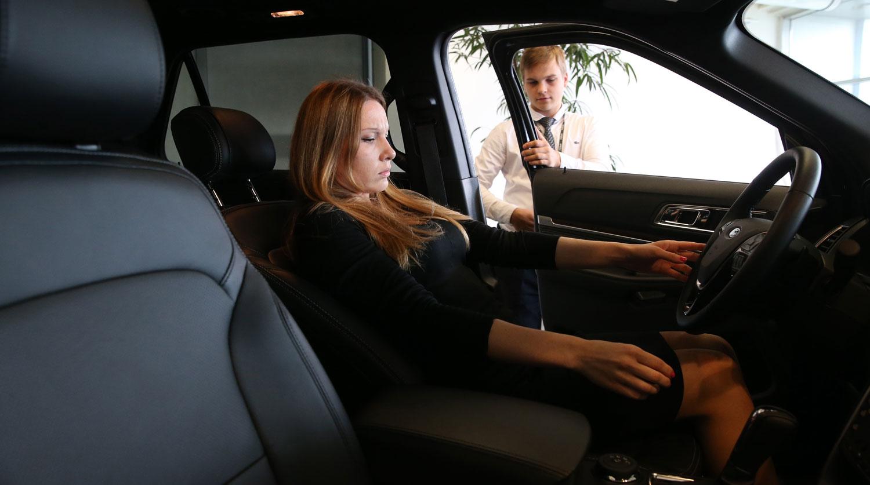 АвтоВАЗ может поднять цены на машины во второй половине года