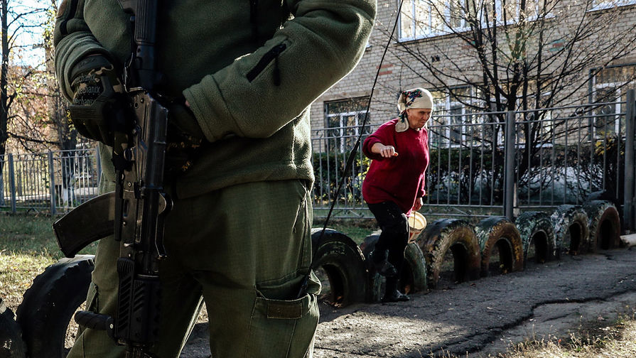 Палатки и шины: Киев отправил спецназ в Донбасс
