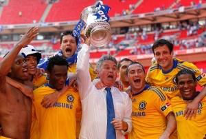 Гус Хиддинк выиграл с «Челси» Кубок Англии