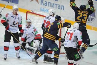 Мусатов сделал дубль в матче с «Трактором»