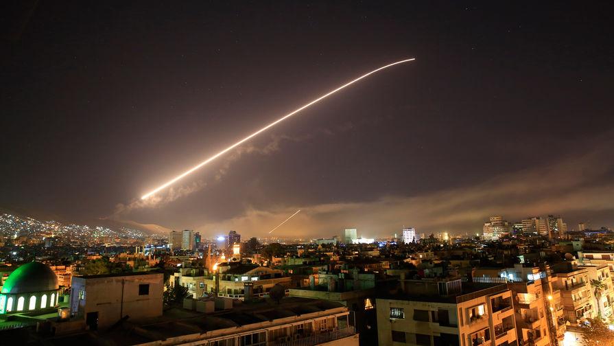 Отражение ПВО Сирии ракетного удара по Дамаску попало на видео - Газета.Ru