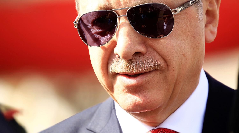 Эрдоган поздравил победителя на выборах мэра Стамбула