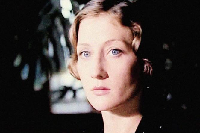 Ольга Вяликова в фильме «И жизнь, и слезы, и любовь» (1983)