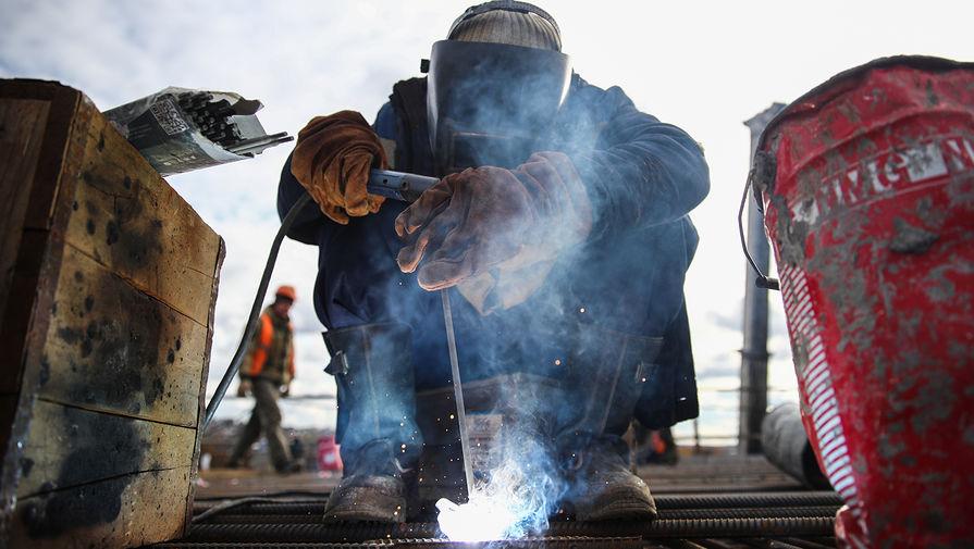 Границы на замке: что будет с трудовыми мигрантами в России